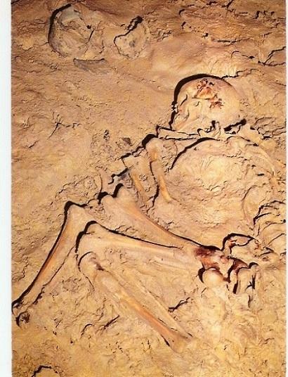 r3550_425_pimport_grottes-de-foissac---du-fayet-de-la-tour-4.jpg
