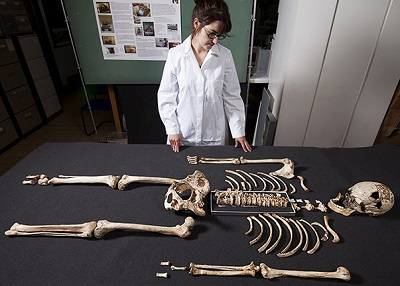 cheddar-man-skeleton-two-column.jpg